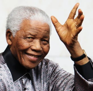 Viata lui Nelson Mandela, pe Internet