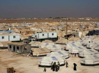 Vicecancelarul Germaniei s-a dus in Iordania intr-o tabara de refugiati si s-a emotionat vizibil