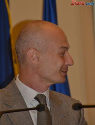 Viceguvernatorul BNR Bogdan Olteanu, plasat in arest la domiciliu