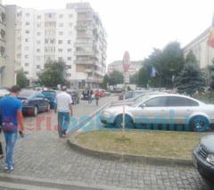 """Vicele Turcanu vrea sa se inchida o portiune din parcarea din zona Primariei: """"Sa nu se intample vreun accident!"""""""