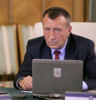 Vicepremierul Stanescu: Fotbalul ar trebui sa fie serviciu public, ca apa si canalul. INS: Peste 50% din populatie nu are canalizare