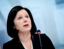 """Vicepresedintele Comisiei Europene, Vera Jourova: """"Salutam angajamentul politic actual al Romaniei pentru indeplinirea recomandarilor MCV"""""""