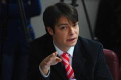 Victor Alistar, directorul Transparency International, suspectat de plagiat