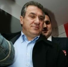 Victor Becali: Era normal ca Prunea sa isi dea demisia