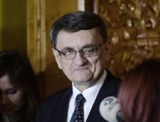 Victor Ciorbea, scos din minti de un jurnalist: Toti sunt infractori si nu mai au niciun drept. Hai sa-i impuscam pe toti! - Audio Newsweek