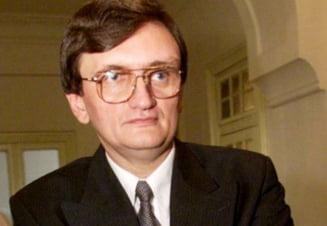 Victor Ciorbea, sprijinit de PSD pentru a deveni Avocatul Poporului - surse