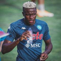 Victor Osimhen, atacantul nigerian al lui Napoli, testat pozitiv la intoarcerea din vacanta