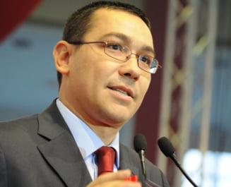 Victor Ponta: Basescu fuge de popor ca dracul de tamaie (Video)