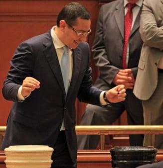 Victor Ponta, intre ciocan si nicovala (Opinii)