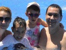 Victor Ponta isi petrece Pastele pe litoral cu familia