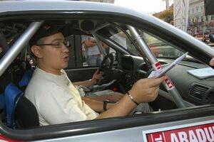 Victor Ponta participa la editia 2010 a Raliului Aradului