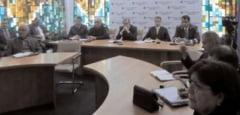 Videoconferinta cu prefectii pe tema campaniei electorale