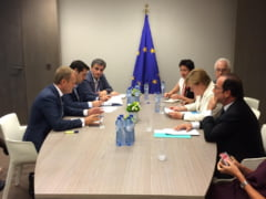 Viitorul Greciei, pe masa negocierilor: Tara poate evita iesirea din zona euro. Au inceput sa apara si banii