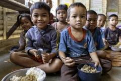 Viitorul a 370 de milioane de copii este pus in pericol de lipsa accesului la mesele oferite de scoli, in urma inchiderii acestora