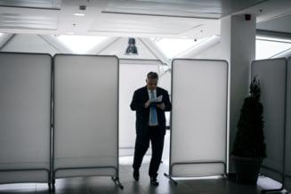 Viktor Orban nu da inapoi: Si-a lansat campania electorala cu atacuri la Juncker si Weber