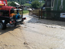 Vin din nou inundatiile: Cod galben pe rauri din 33 de judete