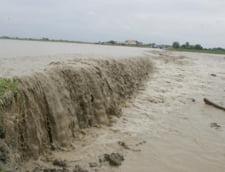 Vin din nou viiturile - cod portocaliu de inundatii in mai multe judete