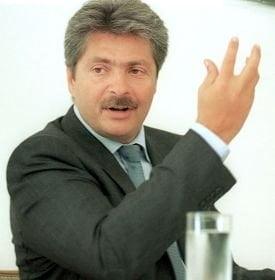Vintu presedinte, Dan Diaconescu prim-ministru