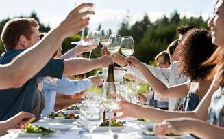Vinul, secretul pentru o viata lunga?