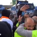 Violențe în Italia din cauza certificatul sanitar devenit obligatoriu la muncă. Poliția a folosit tunuri de apă și gaze lacrimogene VIDEO