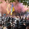 """Violențe de stradă la Kiev între forțele pro și anti prezidențiale. Protestatarii acuză """"capitularea Ucrainei în fața Kremlinului"""" VIDEO"""
