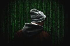 Violenta cibernetica a fost introdusa in categoria violentei domestice. Klaus Iohannis a promulgat legea