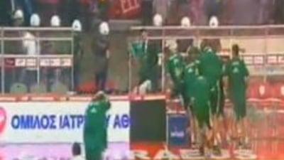 Violenta in baschet: Finala campionatului Greciei, intrerupta de fani (Video)