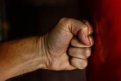 Violenta in familie: Politistii au emis 4.856 de ordine de protectie in acest an. 5.431 de victime, majoritatea femei