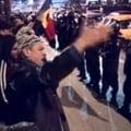 Violente in Piata Universitatii: Batai cu pietre, gaze lacrimogene si raniti