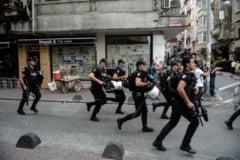 Violente la marsul diversitatii din Istanbul: participantii au fost batuti, impuscati si luati pe sus de politie