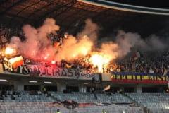 Violente pe stadioanele din Romania: Fanii unor echipe istorice, intrati pe teren - garduri rupte, jucatori fugariti