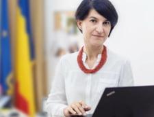 Violeta Alexandru reduce structura de la Ministerul Muncii si face un infochiosc. Ce spune despre pensii si salariul minim