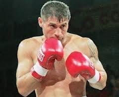 Viorel Simion si-a aparat cu succes centura de campion WBC International