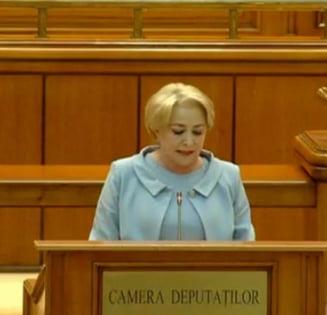 Viorica Dancila, chemata la Parlament sa dea explicatii: Opozitia a lansat acuzatii dure, premierul s-a laudat cu realizarile (Video)