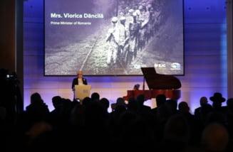 Viorica Dancila, noi gafe la Bruxelles: A anuntat ca sprijina combaterea negationanismului si a Holocaustului (Video)