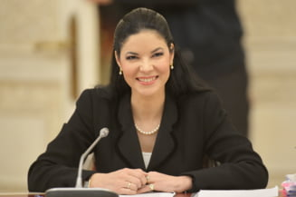 Viorica Dancila anunta ministri interimari. Ana Birchall merge la Justitie