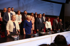Viorica Dancila este noul presedinte PSD. Teodorovici a fost votat presedinte executiv si Fifor secretar general