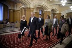 Viorica Dancila va vota la referendum, Dragnea si Tariceanu il boicoteaza