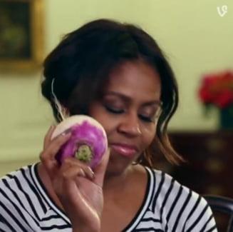 Viral: Michelle Obama danseaza cu o leguma (Video)