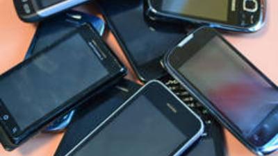 Visa si Samsung lanseaza o aplicatie care transforma telefonul mobil in card