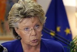 Viviane Reding: Aderarea Romaniei la Schengen ar putea fi amanata