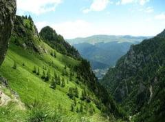 Vizita in Romania: Comorile din Busteni si din orasele apropiate - Presa straina
