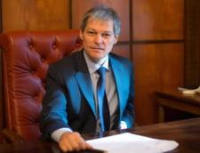 """Vlad Alexandrescu, revocat de Ciolos de la Ministerul Culturii, dupa ce a acuzat """"actiuni directe de intimidare"""" din partea unui coleg din Guvern"""