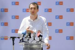 Vlad Voiculescu explica de ce a renuntat la postul de viceprimar. Spune ca Nicusor Dan nu i-a raspuns la telefon timp de peste o luna de la alegeri