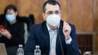 Vlad Voiculescu spune ca va fi stabilit un mecanism de plata pentru personalul medical implicat in vaccinarea populatiei