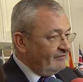 Vladescu: Nu luam in calcul majorarea TVA