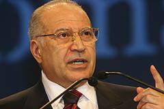 Voiculescu: Basescu trebuie internat