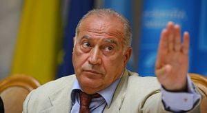 Voiculescu: Compromis de propria mutenie, Basescu da vina pe presa