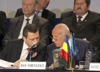 Voiculescu ataca PNL si vrea ca USL sa discute acuzarea lui Basescu de inalta tradare