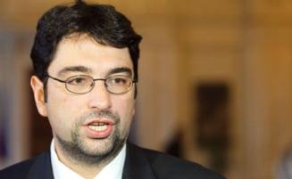 Voinescu: Am inceput sa strangem semnaturi pentru motiunea noastra
